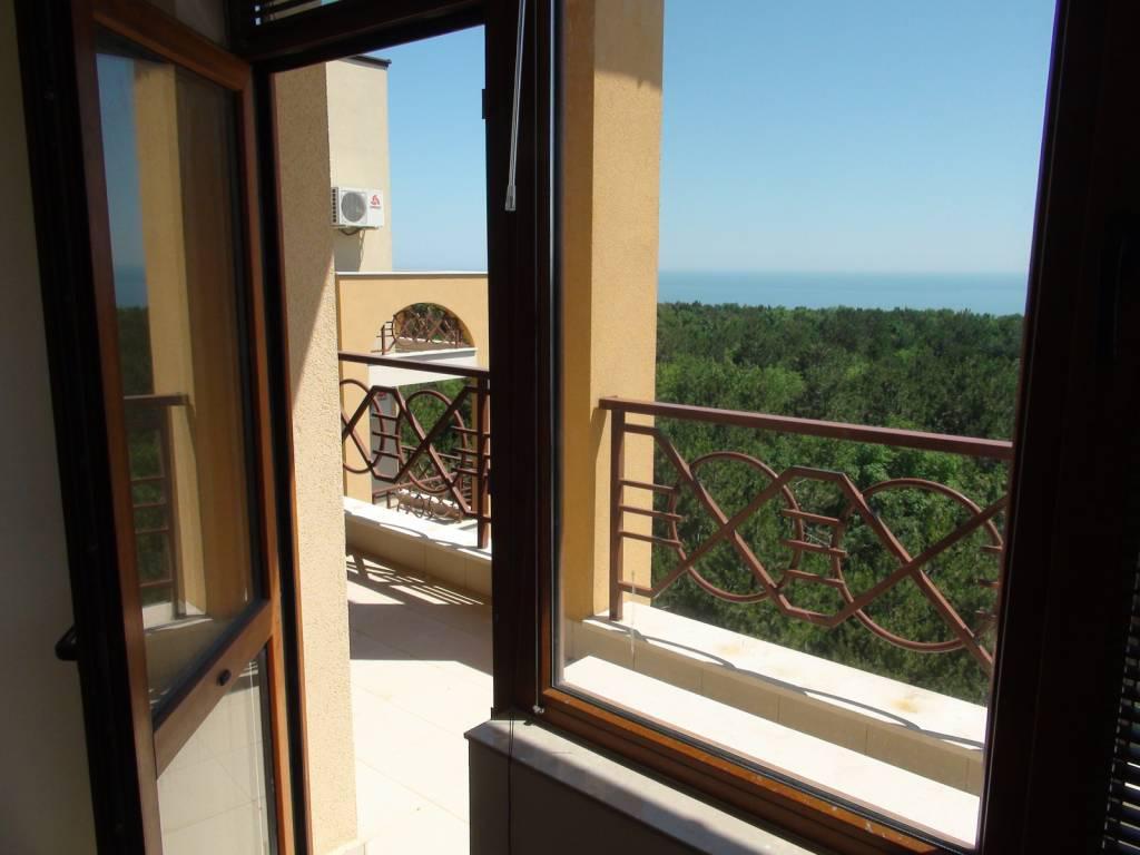 wohnung im lighthouse golf resort baltschik g nstig immobilien in bulgarien kaufen. Black Bedroom Furniture Sets. Home Design Ideas