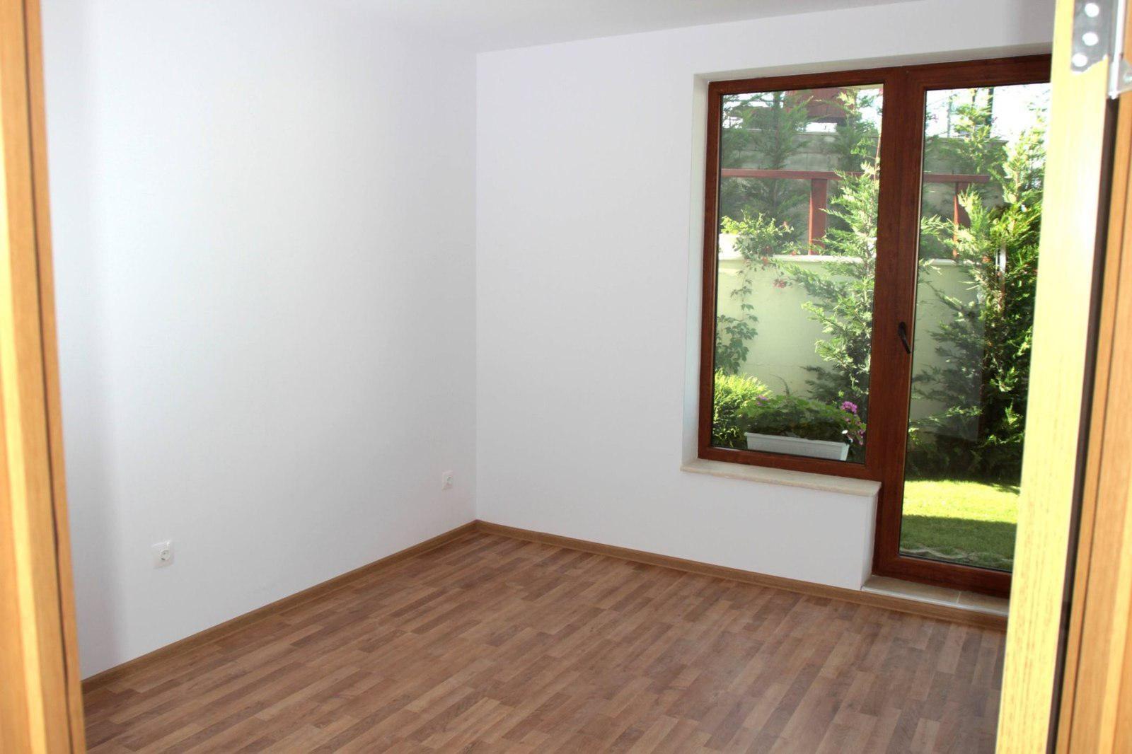 billige ferienwohnungen zum verkauf in obzor immobilien in bulgarien kaufen wohnungen und. Black Bedroom Furniture Sets. Home Design Ideas
