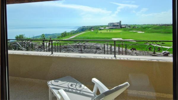 3-Zimmer Apartment in Bulgarien in Golfplatz