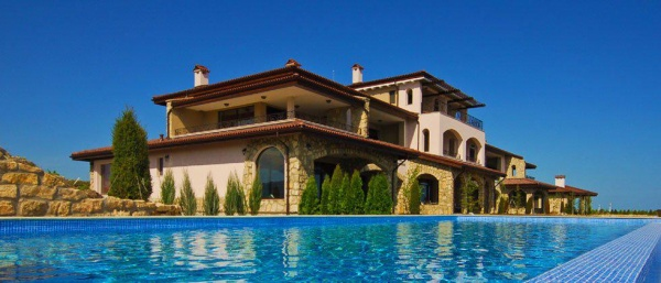 Luxus 3-Zimmer Apartment in Bulgarien in Golfplatz