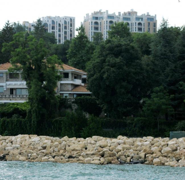 Wohnungen In Balchik Beim Botanischen Garten