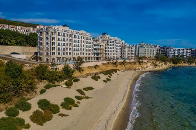 Beach front condos in Bulgaria - new development for sale in St. Vlas
