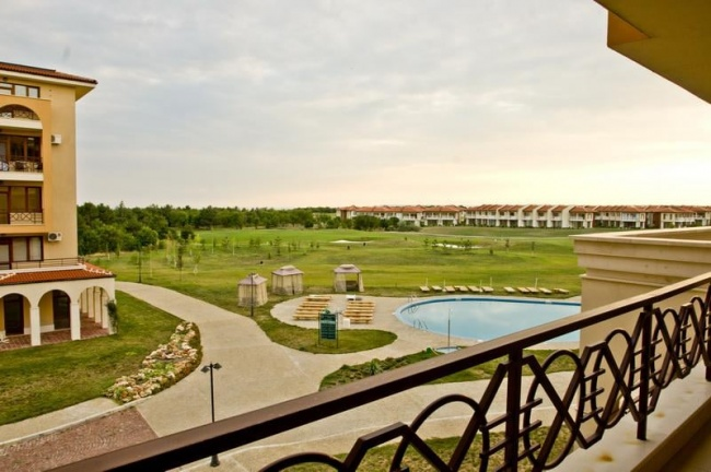 Wohnungen und Häuser zum Verkauf in Lighthouse Golf Baltschik