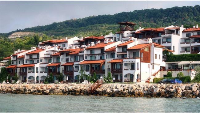 Wohnungen Direckt Am Meer In Rhuiger Zone