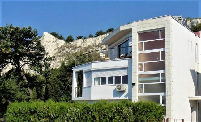 Luxus-Villa in Balchik, atemberaubende Meer-Panorama