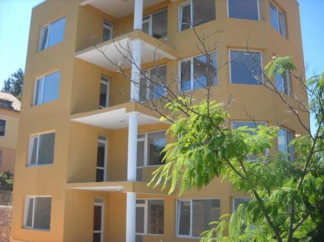 Продава малък апартаментен хотел в Кранево