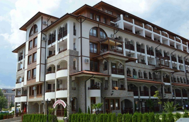 Komplexe Olimp Sveti Vlas - neue Apartments am Strand