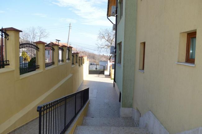 Schönes und preiswertes Apartment zu Verkauf in Baltschik