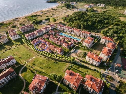 Редова къща с 2 спални в Green Life resort Sozopol