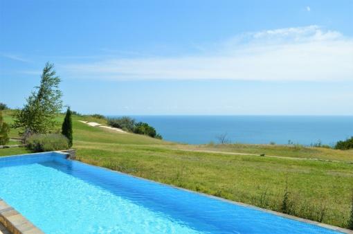 Villa in Black Sea Rama golf resort